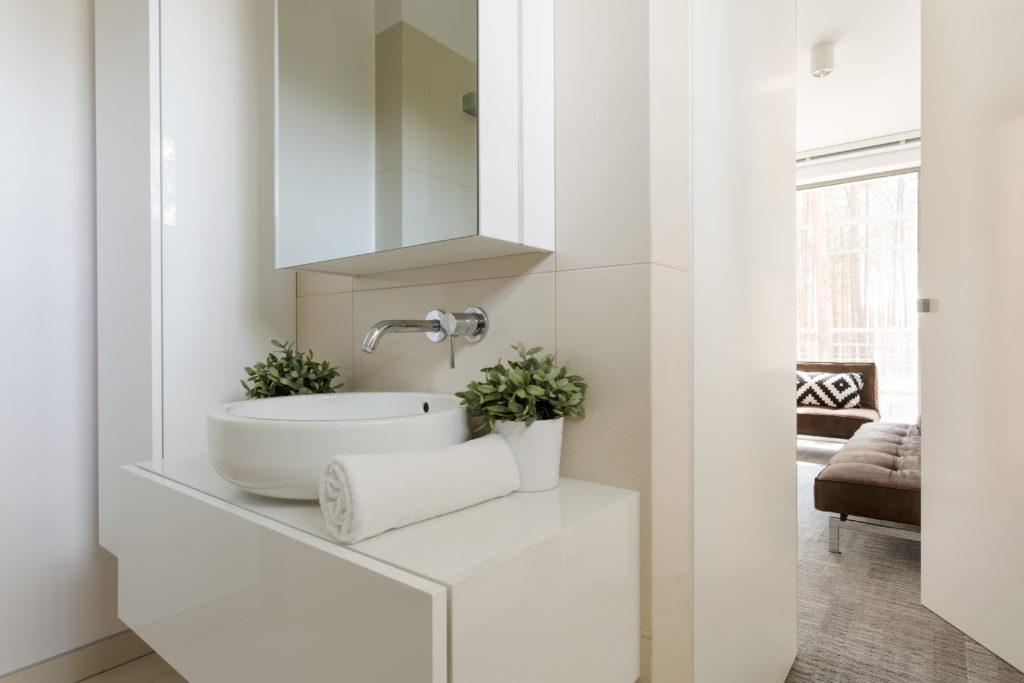 Bad og Prosjekt - Oppbevaring på badet